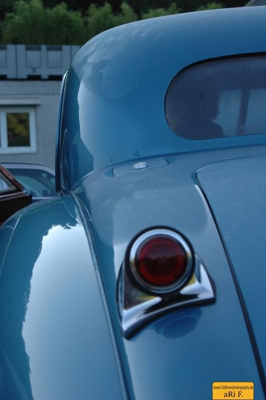 Jaguar XK 120 FHC (Fixed Head Coupé)