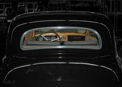 Mercedes-Benz 170 S (W136 IV Rückansicht) in black & black