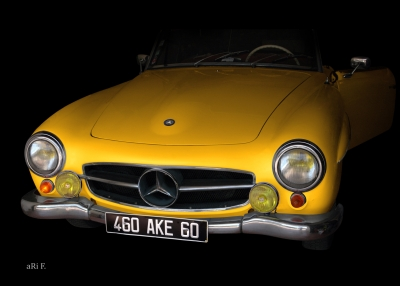 Mercedes-Benz 190 SL in yellow & black backround