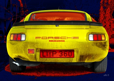 Porsche 928S in red & yellow