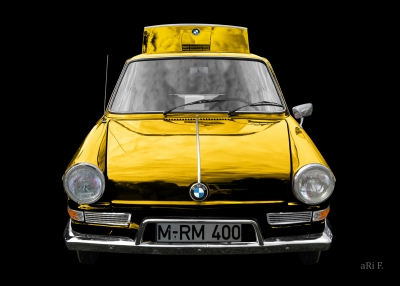 BMW 700 in black & yellow minimal art