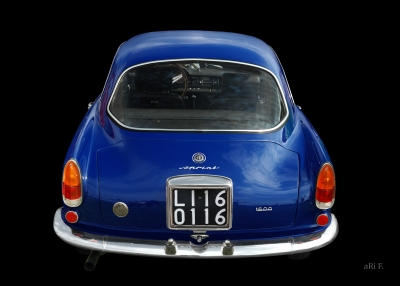 Alfa Romeo Giulietta Sprint 1600 in black & blue (Originalfarbe) rear view