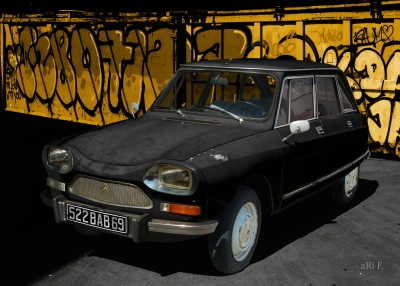 Citroën Ami 8 Berline in black 01