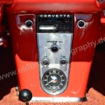 Corvette C1 mit Kassettenradio, Temperaturregelung und Uhr