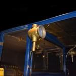 Marchand 12 HP mit kleiner Aussenbeleuchtung am Dach