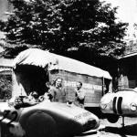 BMW Mannschaftslager im Hof des Hotel Vittorio in Brescia beim I. Gran Premio Brescia delle Mille Miglia (28.04.1940)