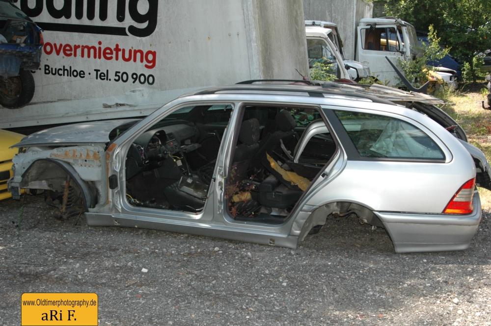 Mercedes-Benz S 210 (1995–1999)