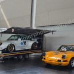 Porsche 911 Carerra noch ganz allein in der riesen Messehalle Friedrichshafen