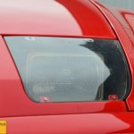 Porsche 924 Carrera GTS mit Scheinwerfer unter Glas abgedeckt