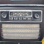 Mercedes-Benz 190 Db W 121 mit eingebautem Radio von Becker