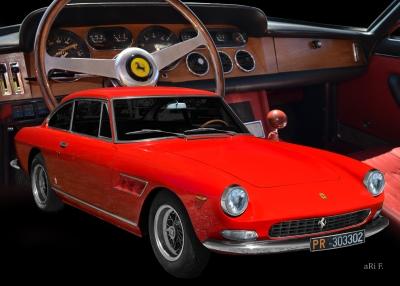 Ferrari 330 GT 2+2 mit Interieur im Hintergrund (Originalfarben)