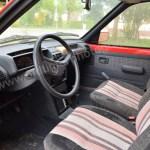 Peugeot 205 GRD Interieur mit Stoffsitzen