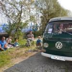 VW Bus T2 Westfalia mit Familie