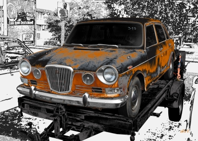 Wolseley 18/85 Mk 2 or Austin 1800 barns found