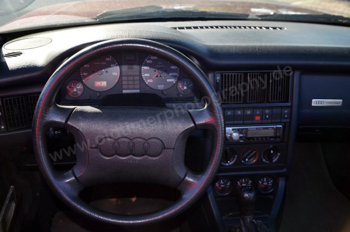 Audi 80 Cabrio Armaturentafel mit Lenkrad