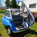 BMW Isetta mit geöffneter Türe