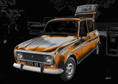 Renault 4 TL Savane in grey & brown
