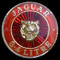 Logo Jaguar Mark II 3.4 Litre auf Kühlergrill