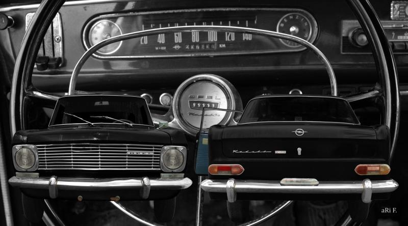 Opel Kadett A Coupé Doppelansicht mit Interieur Panorama Poster