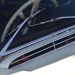 Mercedes-Benz W 110 kleine Heckflosse mit Lüftungsschlitzen vor den Scheibenwischern