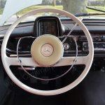 Mercedes-Benz W 110 190 Lenkrad mit Armaturentafel