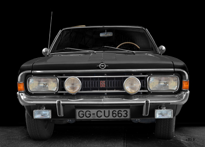 Opel Commodore A Cabriolet in black & black front