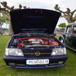 Opel Monza Cabriolet mit geöffneter Motorhaube