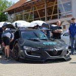 Renault Sport R.S. 01 in Präsentationsaufstellung