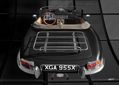 Jaguar E-Type Roadster Series I Poster in schwarz-weiss