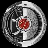 Logo Ford 17M de Luxe auf Radkappe