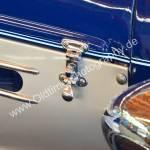1936 Auburn 852 Supercharged Speedster mit je 2 Verschlüssen seitlich für die geteilte Motorhaube
