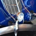 1936 Auburn 852 Supercharged Speedster mit stark geschwungener Stoßstange
