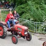 Fahr D88 Traktor im Eiltempo zur Registrierung