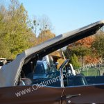 1970 Cadillac DeVille Convertible mit halb geöffneter Persenning