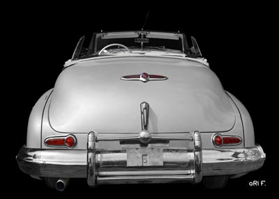1947 Buick Super Convertible in black & silver open