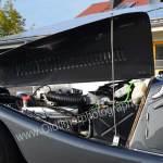 Morgan Plus 8 mit geöffneter Motorhaube
