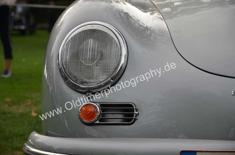 Porsche 356 A 1500 S mit in die Lüftungsschlitze integrierte orangefarbene Blinker, es gab auch weiße Blinker