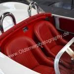 Porsche 550 Spyder mit Sicht auf Interieur und Schalensitze