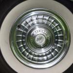 1959 Cadillac Seie 62 mit Original Cadillac Radkappen (originalCadillac wheel caps)