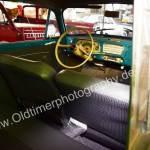 Opel Olympia Rekord Caravan Innenansicht auf Sitzgarnitur