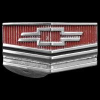 Logo Chevrolet Corvair als Öffnungsgriff für die Fronthaube