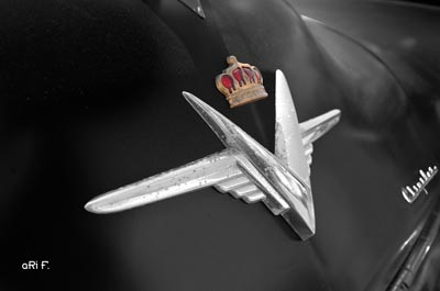 Chrysler Imperial Logo
