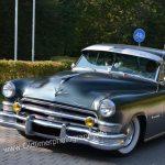 Chrysler Imperial in starker Schräglage auch bei kleiner Kurvenfahrt