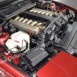 BMW 850i Detailansicht Motorraum