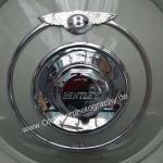 Bentley auf der Sonnderschau mit britischen Oldtimern in Eingangshalle West