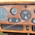 Bentley S2 Armturentafel mit Echtholzfurnier