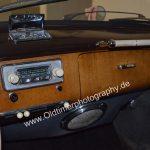 BMW 501 mit Autoradio von Becker