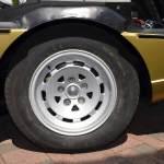 Lamborghini Espada mit geöffneterMotorhaube