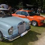 Mercedes-Benz 220 Heckflosse und BMW 2002