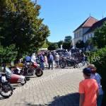 Oldtimertreffen Obereisenbach Eingangsbereich mit jeder Menge Classic Bikes